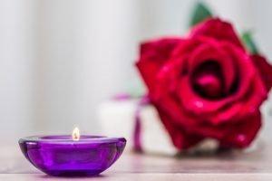 Combiner la méditation et l'aromathérapie pour un bien-être optimal