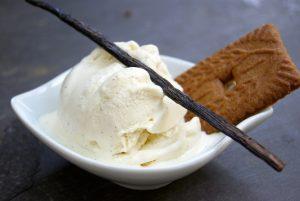 Comment faire de la crème glacée à la vanille